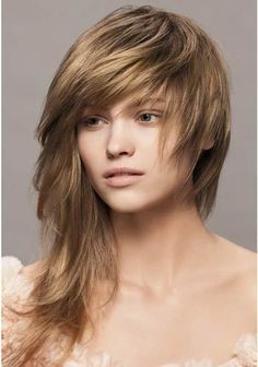 Asymmetric-Fringe.jpg (350×499) Asymmetric Fringe:  Fringes has been a hot thing last year. You can try this look for your next haircut, as it would make you look ravishing.