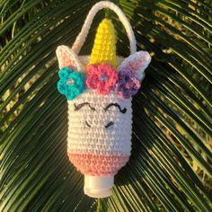Crochet Pouch, Crochet Keychain, Crochet Purses, Crochet Toys, Knit Crochet, Yarn Crafts, Crafts To Sell, Hand Sanitizer Holder, Crochet Unicorn