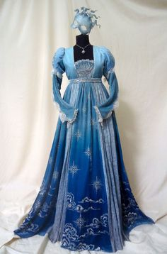 Historical fashion and costume design. Renaissance Costume, Renaissance Fashion, Renaissance Dresses, Vintage Dresses, Vintage Outfits, Fantasy Gowns, Medieval Dress, Look Vintage, Historical Clothing