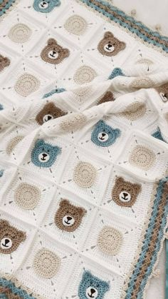 Baby babydecke blanket crochet grace hkeln sie hkeln sie babydecke grace baby blanket crochet grace baby babydecke source by free pattern you will certainly impress any new mama with this gorgeous granny square baby blanket Baby Blanket Size, Baby Boy Blankets, Knitted Baby Blankets, Crochet Blanket Patterns, Baby Knitting Patterns, Baby Blanket Crochet, Afghan Patterns, Baby Patterns, Easy Knitting Projects