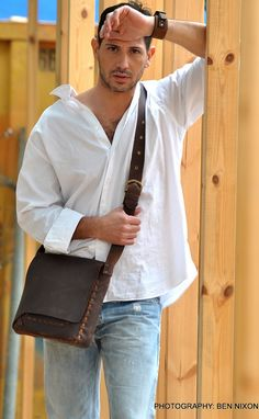 Classic handcrafted brown leather bag, messenger bag, crossbody, mens/ womens leather bag, shoulder bag, distressed brown, gift for him/ her on Etsy, $255.00