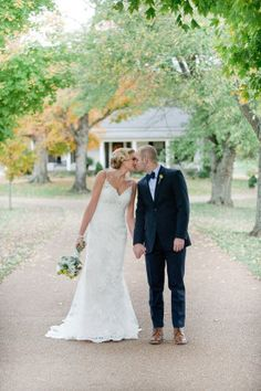 Tennessee Backyard Wedding from Leslee Mitchell Wedding Poses, Wedding Groom, Our Wedding, Dream Wedding, Wedding Ideas, Fall Wedding Dresses, Cheap Wedding Dress, Casablanca Bridal Gowns, Bridal Photography