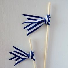 Kate + Cormac DIY: Ribbon Drink Stirrers - Em for Marvelous - Nautical Cupcake, Nautical Party, Baby Shower Marinero, Drink Stirrers, Ideias Diy, Diy Ribbon, Baby Decor, Diy Party, Ideas Party