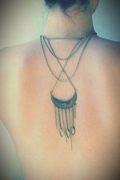 Bijou de Dos Croissant de Lune, chainettes et feuilles Croissant, Crochet Necklace, Creations, Chokers, Etsy, Jewelry, Fashion, Wild Women, Leaves