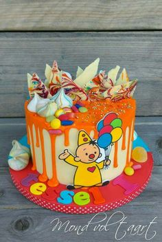Bumba dripcake by Mond vol taart Drip Cakes, 2nd Birthday, Nom Nom, Cupcakes, Desserts, Food, Veronica, Party Ideas, Pastries