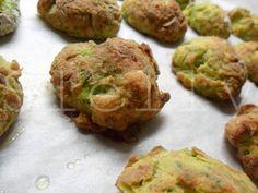 """PLATESSA SI ACCOMODI! – """"Cuscini"""" di platessa e zucchine al curry  Vai alla ricetta: http://slelly.blogspot.it/2014/07/platessa-si-accomodi-cuscini-di.html"""