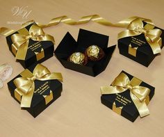 25 Black & Gold wedding favor gift box with satin ribbon, bow and your names, Elegant Personalized Gatsby theme wedding favors for guests 25 Black & Gold wedding favor gift box. Gold Wedding Favors, Wedding Gifts For Guests, Wedding Welcome Bags, Wedding Favor Boxes, Personalized Wedding Favors, Bridal Shower Favors, Bridal Shower Invitations, Wedding Sparklers, Wedding Rings