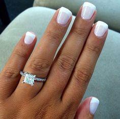 Princess cut engagement ring with diamond band - Frauen Schmuck Bridal Nails, Wedding Nails, Wedding Rings, Bridal Rings, Wedding Makeup, Cute Nails, Pretty Nails, Pretty Toes, Hair And Nails
