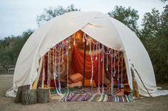 The ultimate outdoor tent - boho style! Would love this in a back yard / garden, would use translucent sheets so I can see the stars!