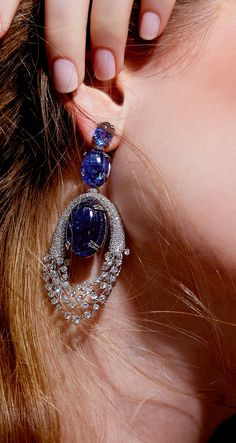 Hueb Earring