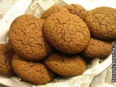 Marcipánové koláčiky Cookies, Food, Mascarpone, Crack Crackers, Biscuits, Essen, Meals, Cookie Recipes, Yemek