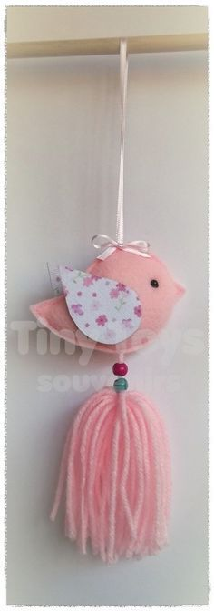 61 Ideas Baby Shower Nena Banderin For 2019 Felt Crafts, Fabric Crafts, Diy And Crafts, Arts And Crafts, Baby Shawer, Felt Birds, Felt Ornaments, Felt Flowers, Christmas Crafts