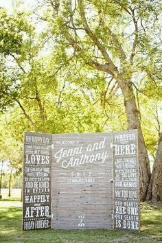 Rustic Wedding Photo Booth Ideas