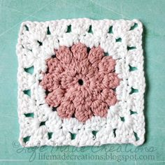 Life Made Creations: crochet: puff circle in a square pattern