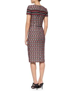 W06BA Oscar de la Renta Short-Sleeve Check Tweed Sheath Dress