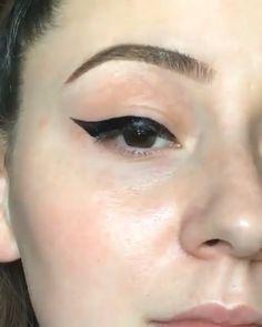 Eyeliner goals 😍❤️ - Eye makeup - Make Up Love Makeup, Makeup Inspo, Makeup Art, Makeup Inspiration, Makeup Tips, Beauty Makeup, Hair Makeup, Makeup Tutorial Eyeliner, No Eyeliner Makeup