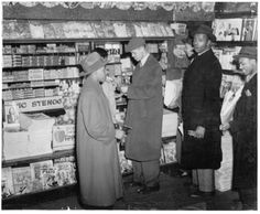 1942 Newsstand