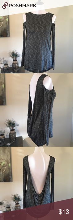 Long Sleeve Backless Top New with tag. Black and white stripes. Cold shoulder. Dramatic drop in back. Would make a perfect workout cover up❣️😍 Size Small. 95% Rayon 5% Spandex. Forever 21 Tops Tees - Long Sleeve