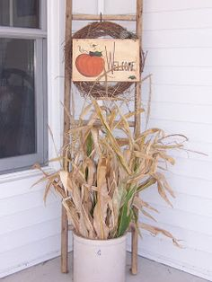 Crock with corn husks, ladder & wreath. Perfect to small porch idea! Crock with corn husks, ladder & wreath. Perfect to small porch idea! Thanksgiving Crafts, Thanksgiving Decorations, Fall Crafts, Holiday Crafts, Halloween Decorations, Holiday Decor, Seasonal Decor, Primitive Fall, Primitive Crafts