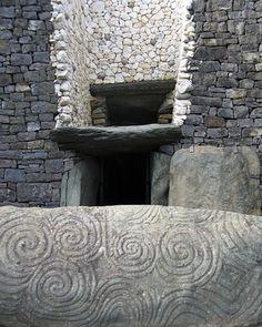 Newgrange | Atlas Obscura