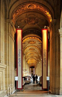 Paris France :: Louvre :: Le Café Marly [Richelieu Wing] √ http://www.louvre.fr/en/le-cafe-marly