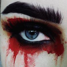 Edgy Makeup, Sfx Makeup, Cosplay Makeup, Makeup Inspo, Makeup Art, Makeup Inspiration, Makeup Eyes, Prom Makeup Looks, Crazy Makeup