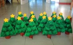Christmas tree crafts for kids We just put up the Christmas tree and decorated it. Kids Crafts, Preschool Christmas Crafts, Noel Christmas, Christmas Crafts For Kids, Christmas Activities, Christmas Projects, Winter Christmas, Christmas Themes, Holiday Crafts