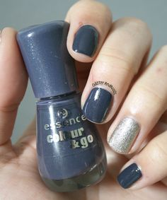 Essence Stuck On You + Essie Beyond Cosy on Glitter and Nails (http://glitterandnails.blogspot.fr/)