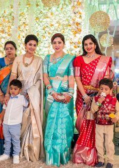 Wedding Saree Blouse Designs, Pattu Saree Blouse Designs, Half Saree Designs, Blouse Designs Silk, Saree Blouse Patterns, Saris, Wedding Silk Saree, Bridal Sarees, Lehenga