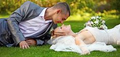 Create your free wedding website – List of free wedding sites Perfect Wedding, Dream Wedding, Wedding Day, Wedding Couples, Wedding Pictures, Wedding Limo Service, Wedding Motifs, Best Wedding Colors, Photo Couple