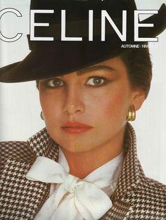Celine Paris, Pub, 1981 #Celine #80s #Vintage Chanel Fashion, 80s Fashion, Fashion Photo, Fashion Brands, Spring Fashion, Vintage Fashion, Classy Fashion, Vintage Advertisements, Vintage Ads
