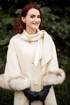 The fabulous Lilli Ann – Andreea Balaban Agatha Christie, Stuart Weitzman, Winter Outfits, Celebrity Style, Fur Coat, Fashion Outfits, Elegant, Celebrities, People