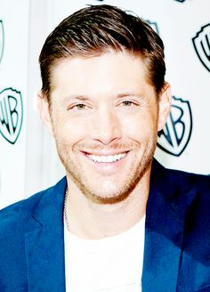 So many fantastic pictures coming out of SDCC14 #Jensen <3