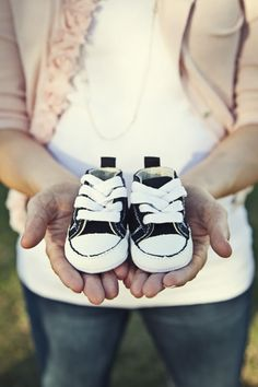 Mamma needs a new pair of shoes -Cutest baby announcement ever!