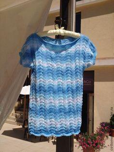 Топы ручной работы. Ярмарка Мастеров - ручная работа Хлопковый топ голубого цвета с градиентом. Handmade.