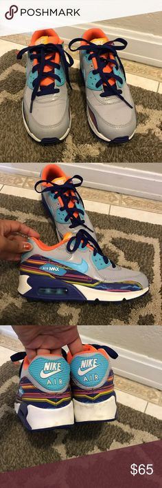 AIR MAX 90 sz 4.5 Kids sz 4.5 womes sz 6.5 used twice notice they hurt my feet Nike Shoes Sneakers