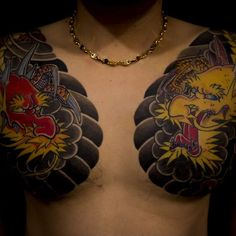 Chest detail on a Japanese tattoo collection by Haewall