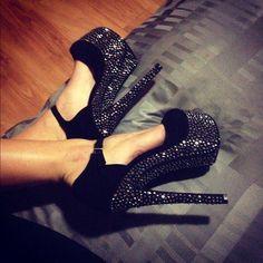 Gorgeous Heels for a nightout! #rhinestones #glitter #black #silver #highheels #platform