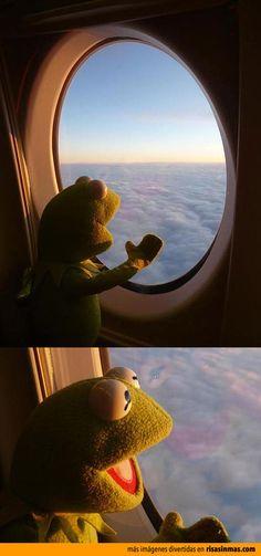Gustavo en su primer viaje en avión.