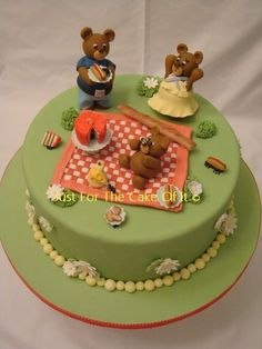 Teddy Bears Picnic  Cake by justforthecakeofit