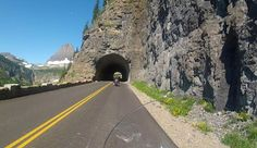 Going-to-the-Sun Road: Towards Logan Pass