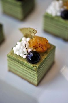 Look at this gorgeous european pastry using matcha Green Tea baumkuchen #plating #presentation