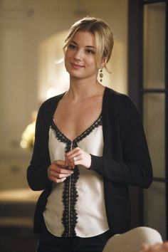 Emily Thorne - Emily Thorne: Season 1 - Revenge - ABC.com