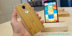 At just $99, the Moto X costs less than most other flagship smartphones, yet has many of the same features, including a 5.2-inch 1080p OLED display and fast 2.5-GHz Snapdragon 801 CPU