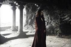 Melisandre sporting The Lord of LIght's favorite color. #gameofthrones #fashion #melisandre