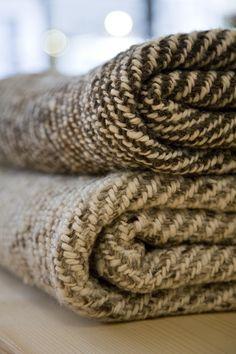 plaid wol 150 x 200 Merino Wool Blanket, Plaid, Ideas, Gingham, Thoughts