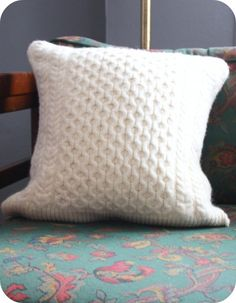 upcycle felted wool sweater pillow tutorial
