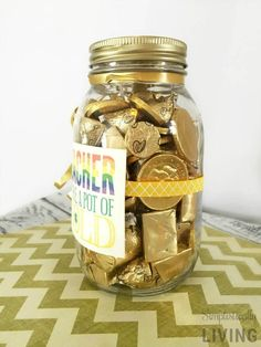 Teacher Pot of Gold Gift Idea – Gift Ideas Easy Arts And Crafts, Easy Crafts For Kids, Fun Crafts, Simple Crafts, Pot Of Gold, Inexpensive Gift, Easy Gifts, St Patricks Day, Fun Activities