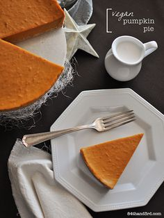 Vegan Pumpkin Pie: gorgeous holiday spices and a creamy custard filling. Vegan and GF Vegan Pumpkin Pie, Pumpkin Pie Recipes, Pumpkin Pie Recipe No Eggs, Dairy Free Recipes, Vegan Recipes, Gluten Free, Paleo Dessert, Healthy Desserts, Australian Food