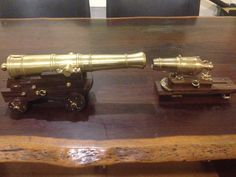 1:10 scale model 24 pounder long gun, and same bore carronade (140mm) at the same scale. See the machining steps at johnsmachines.com